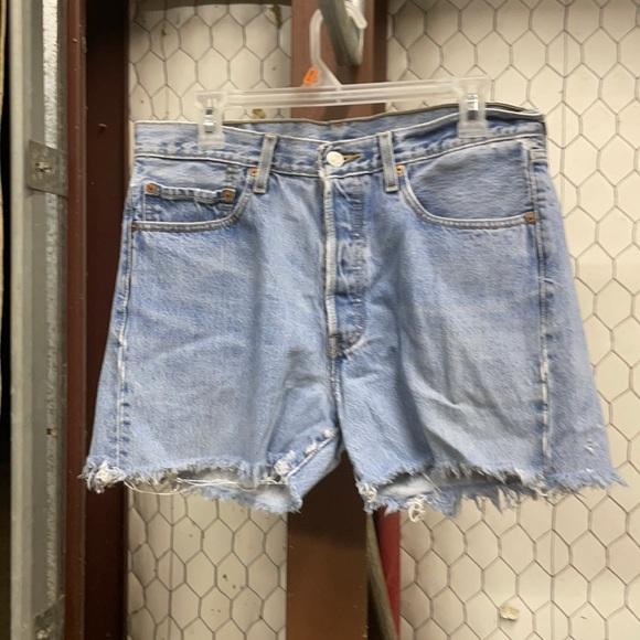 Levi's 501 Shorts 33